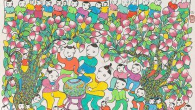 〈豐年祭〉,1984,作者祖母畫家吳李玉哥(1901-1991)與林淵、洪通同為素人畫家。(圖:國美館)