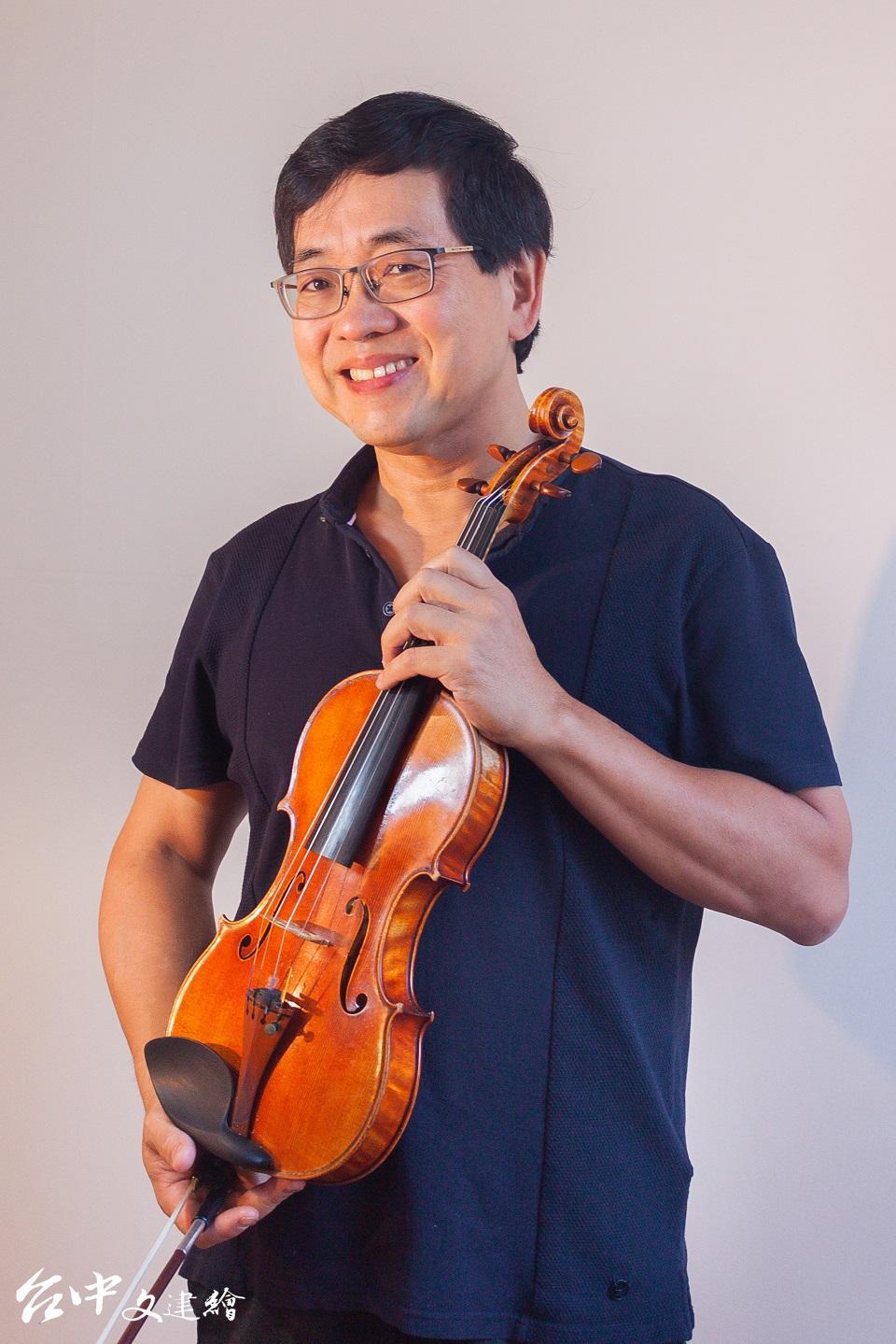 旅美小提琴家兼指揮家辛明峰(圖:國台交)