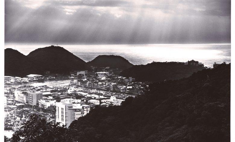 沈昭良,《映像南方澳》系列:3, 2000,明膠銀鹽相片,44.5 × 56 cm,國立臺灣美術館典藏。 拷貝