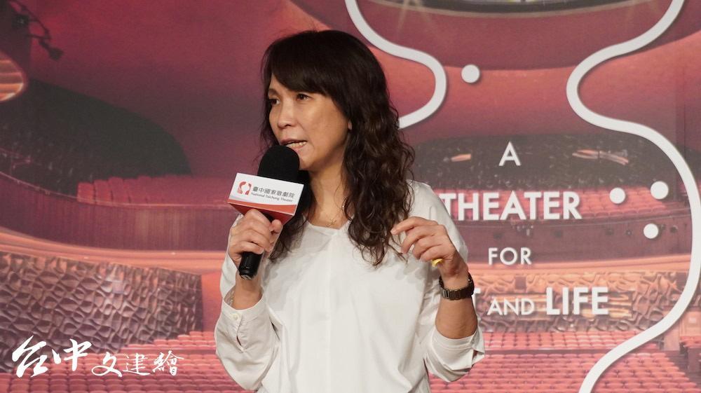 台中歌劇院副總監汪虹表示,許多節目幾乎秒殺,可見民眾生活已恢復常軌。(攝影:謝平平)