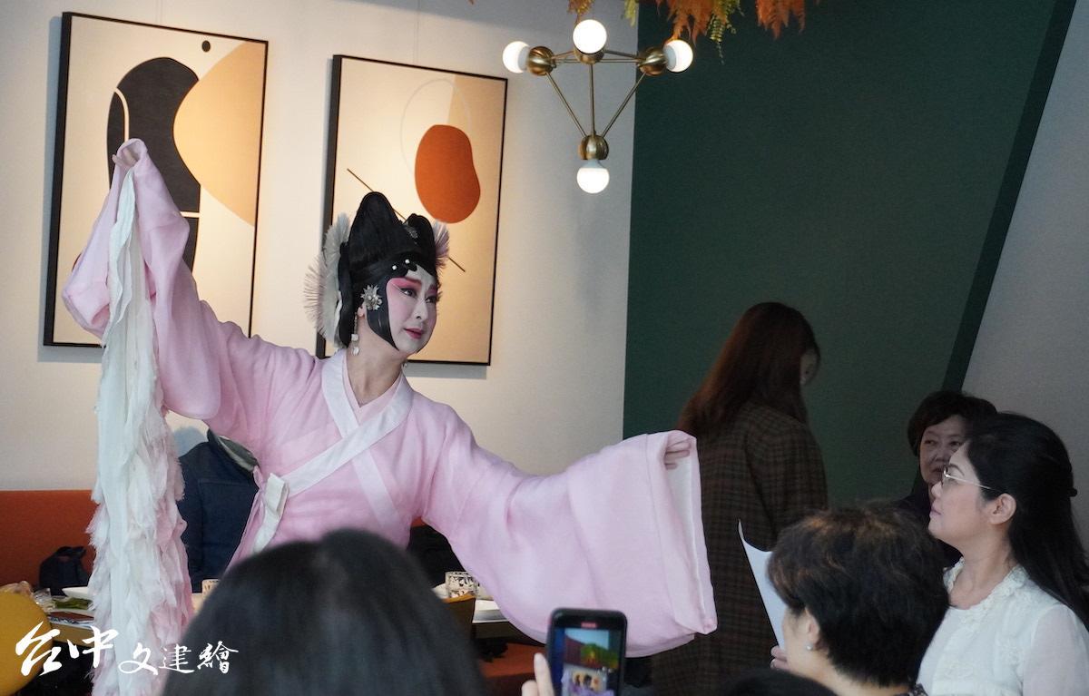 京劇小天后黃宇琳(圖:台中文建繪)