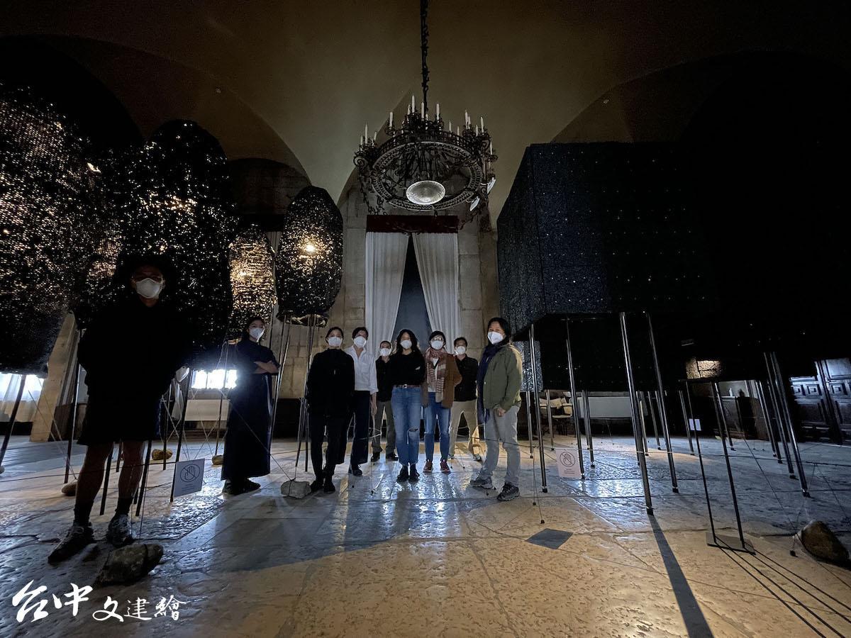 第17屆威尼斯建築雙年展臺灣館工作團隊合影(圖:國美館)