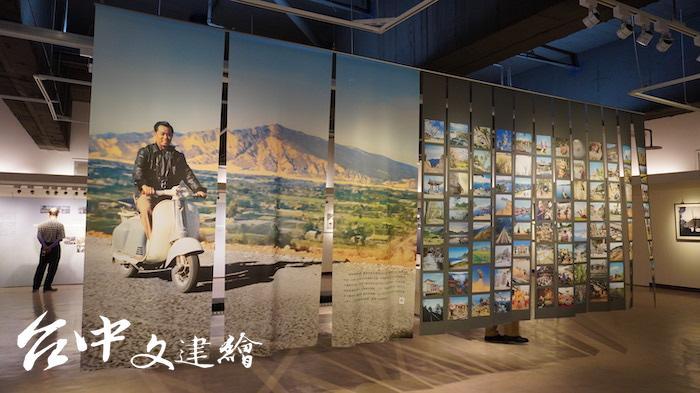 第一位台灣攝影記者陳耿彬(左圖)攝影紀念展在大墩文化中心開幕。(攝影:謝平平)