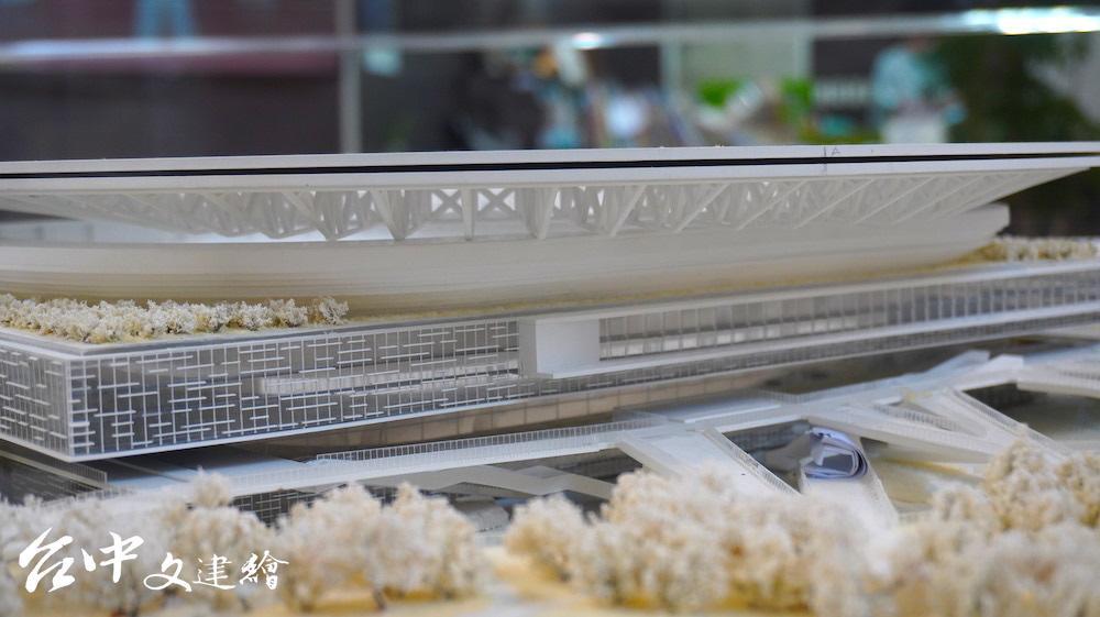 大宇建築師事務所「台中巨蛋」模型。(攝影:謝平平)