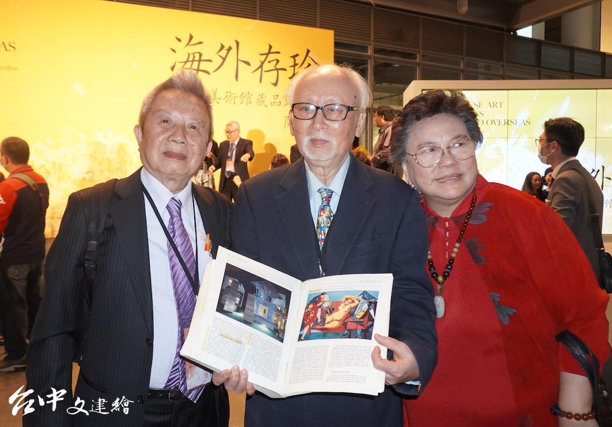 張憲昌(左1)與「科學中藥之父」許鴻源情誼深厚,中、右為藝術家陳景方伉儷。(圖:台中文建繪)