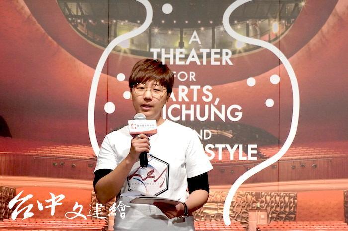 王羽靖見到新竹許多年輕舞者已經成熟,成立「艸雨田舞蹈劇場」。(攝影:謝平平)