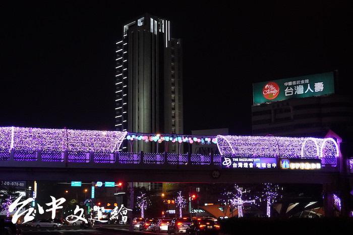 台灣大道、忠明路陸橋。(攝影:謝平平)