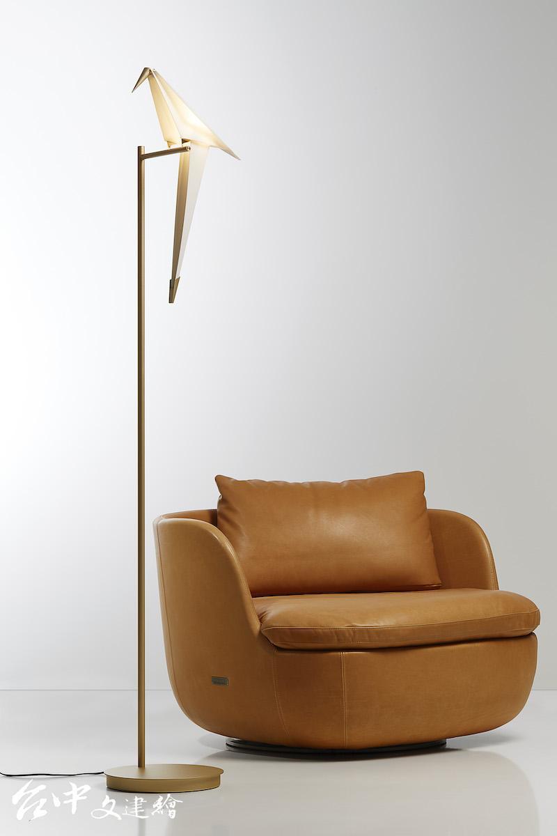 Moooi - Perch Light Floor 棲鳥之姿 (立燈)(圖:北歐櫥窗)