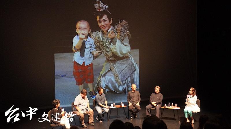 陳昭婷演出「鯤鯓平卷」的 11 歲「囝仔公」,以兒子為模仿對象。(攝影:謝平平)