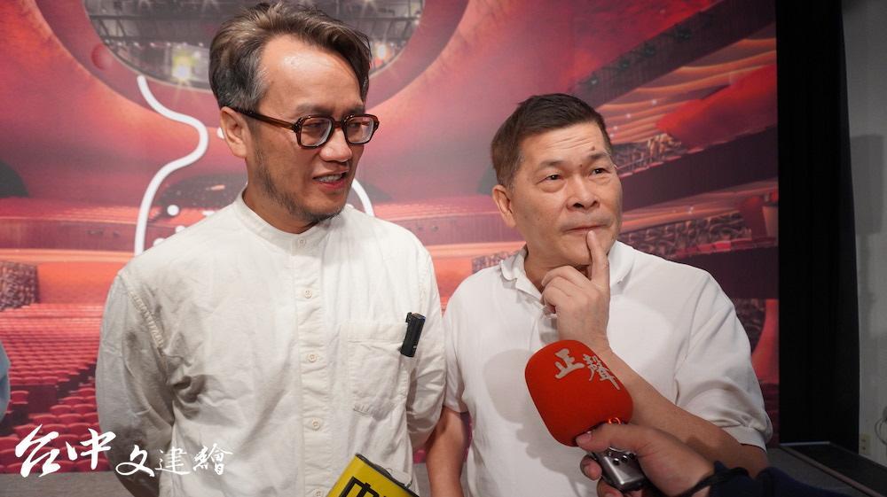 澎恰恰(右)演出「麗晶卡拉OK 的最後一夜」,詮釋台灣女人的韌性。(攝影:謝平平)