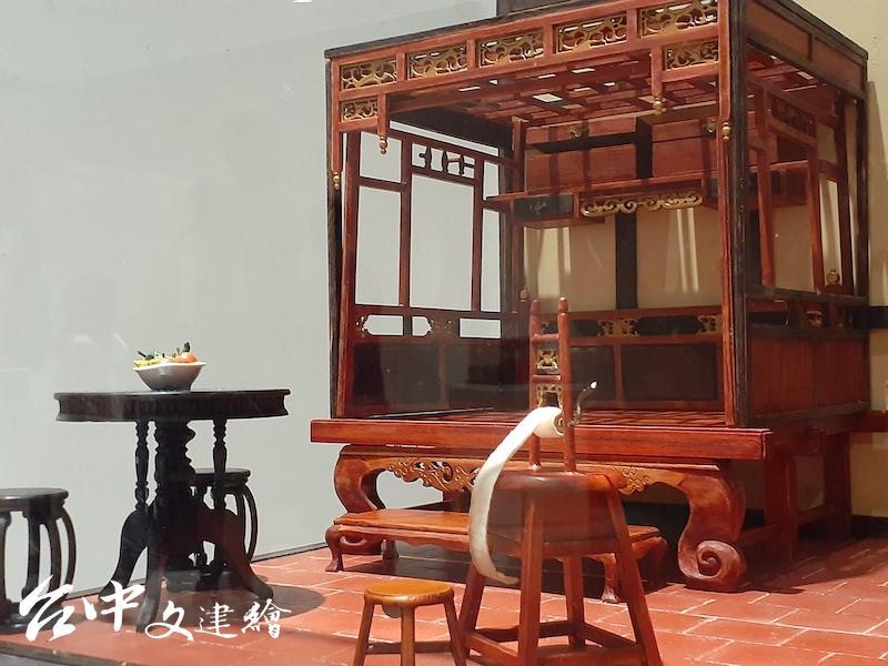 李義雄,阿祖的房間,45公分X45公分X45公分,2010。(攝影:謝平平)