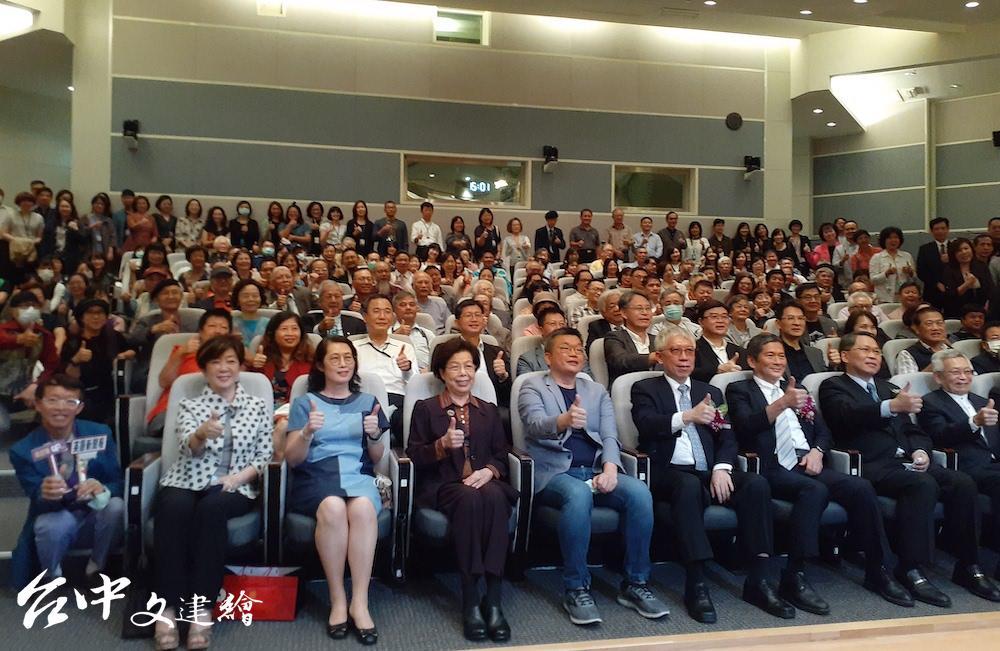 國立台灣美術館11月2日舉行館長交接,由梁永斐接任館長。(攝影:謝平平)