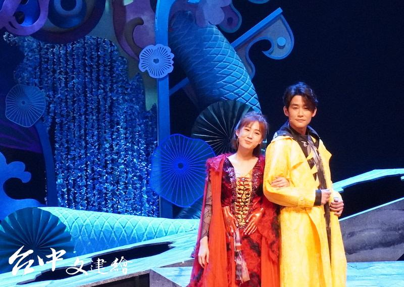 方志友(左)、陳乃榮(右)主演「妖怪台灣」。(攝影:謝平平)