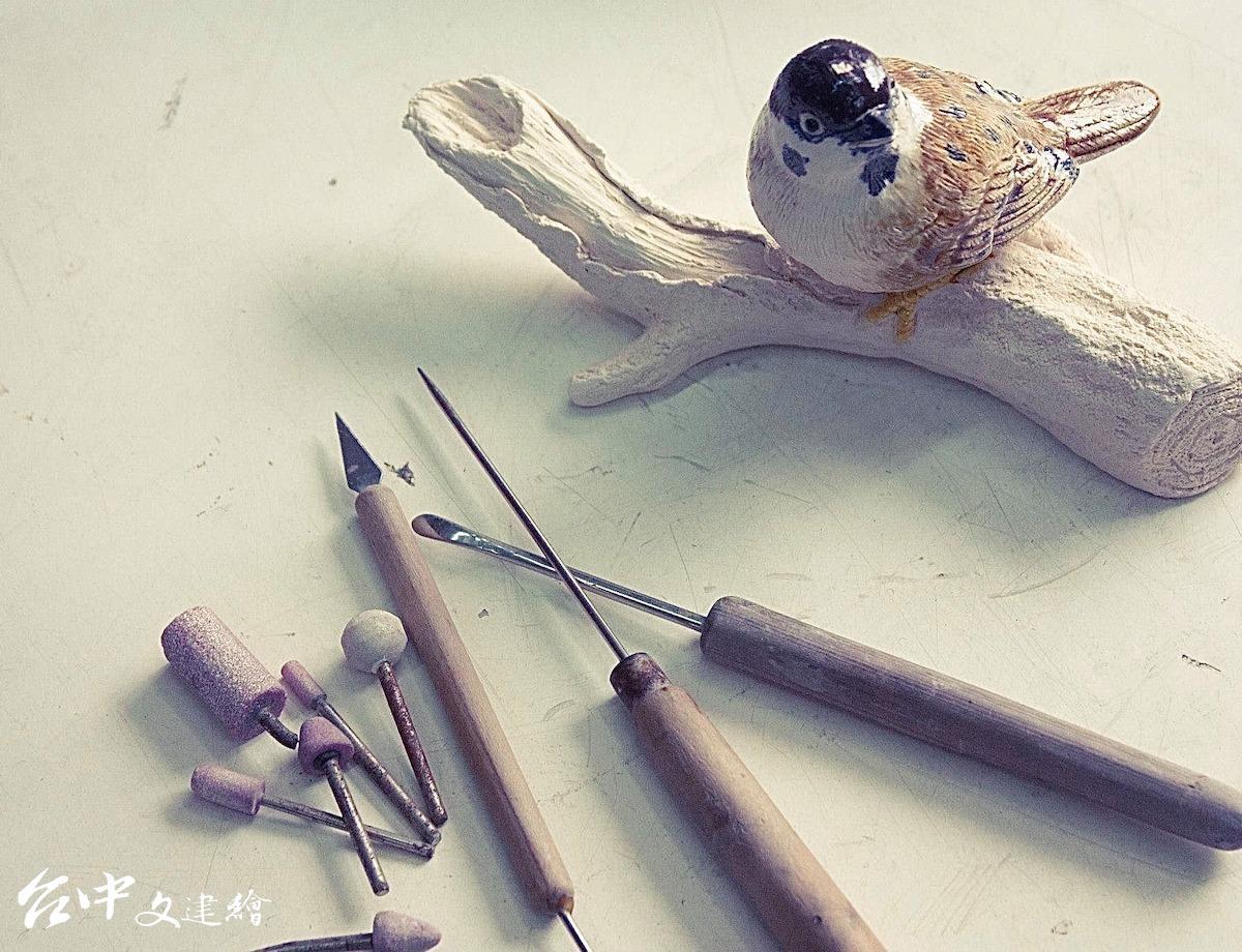 製作交趾陶的工具(圖:「吳榮交趾陶藝術」粉專)